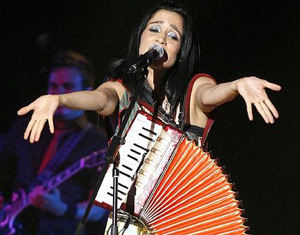 Julieta Venegas, música y compromiso social